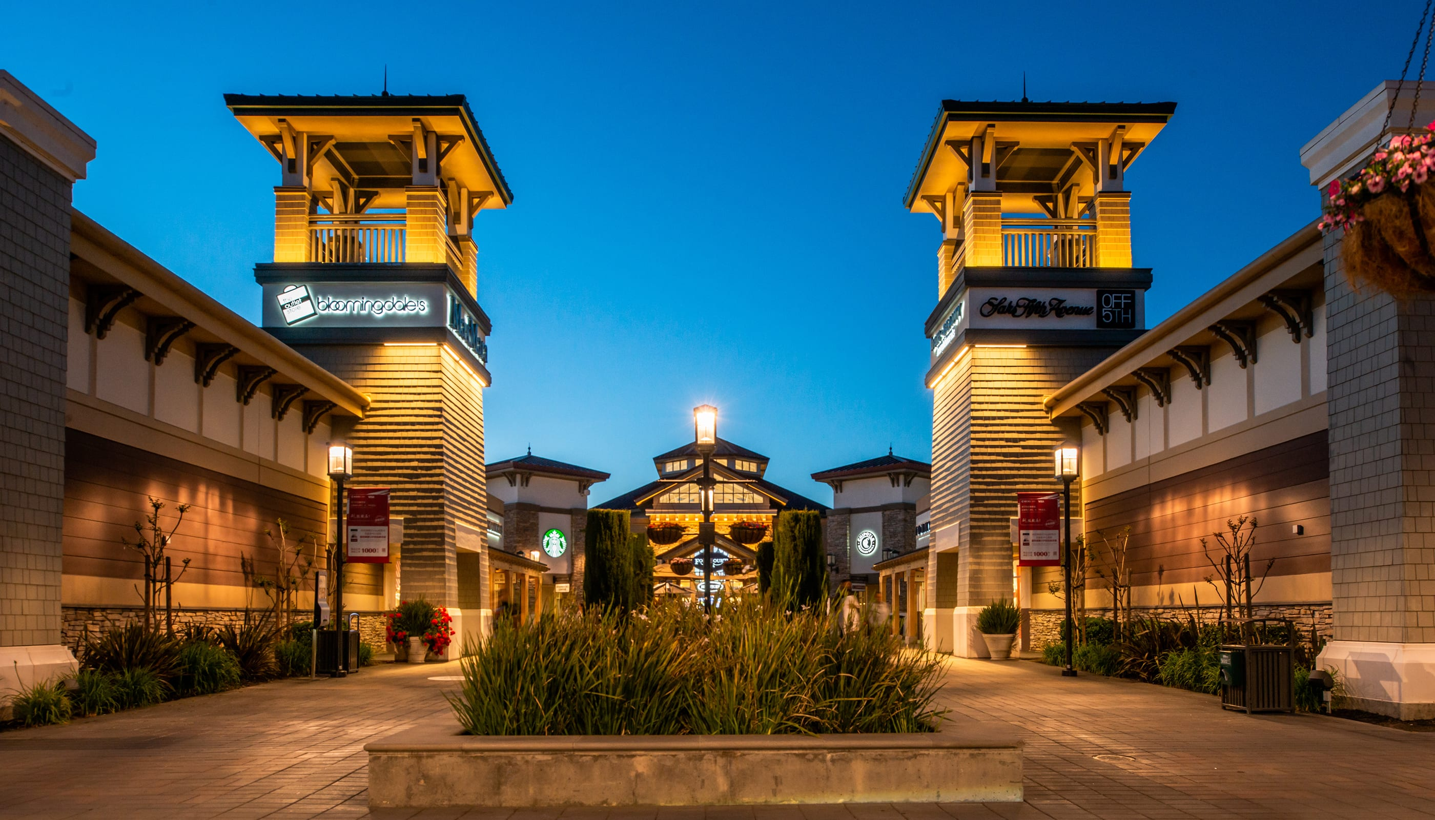 San Francisco Premium Outlets - Architects Near Me