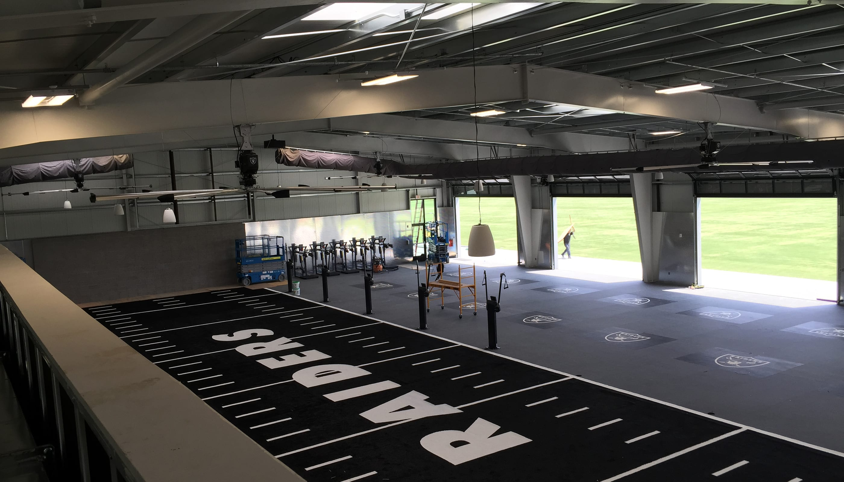 Oakland Raiders Practice Facility - Commercial Architecture