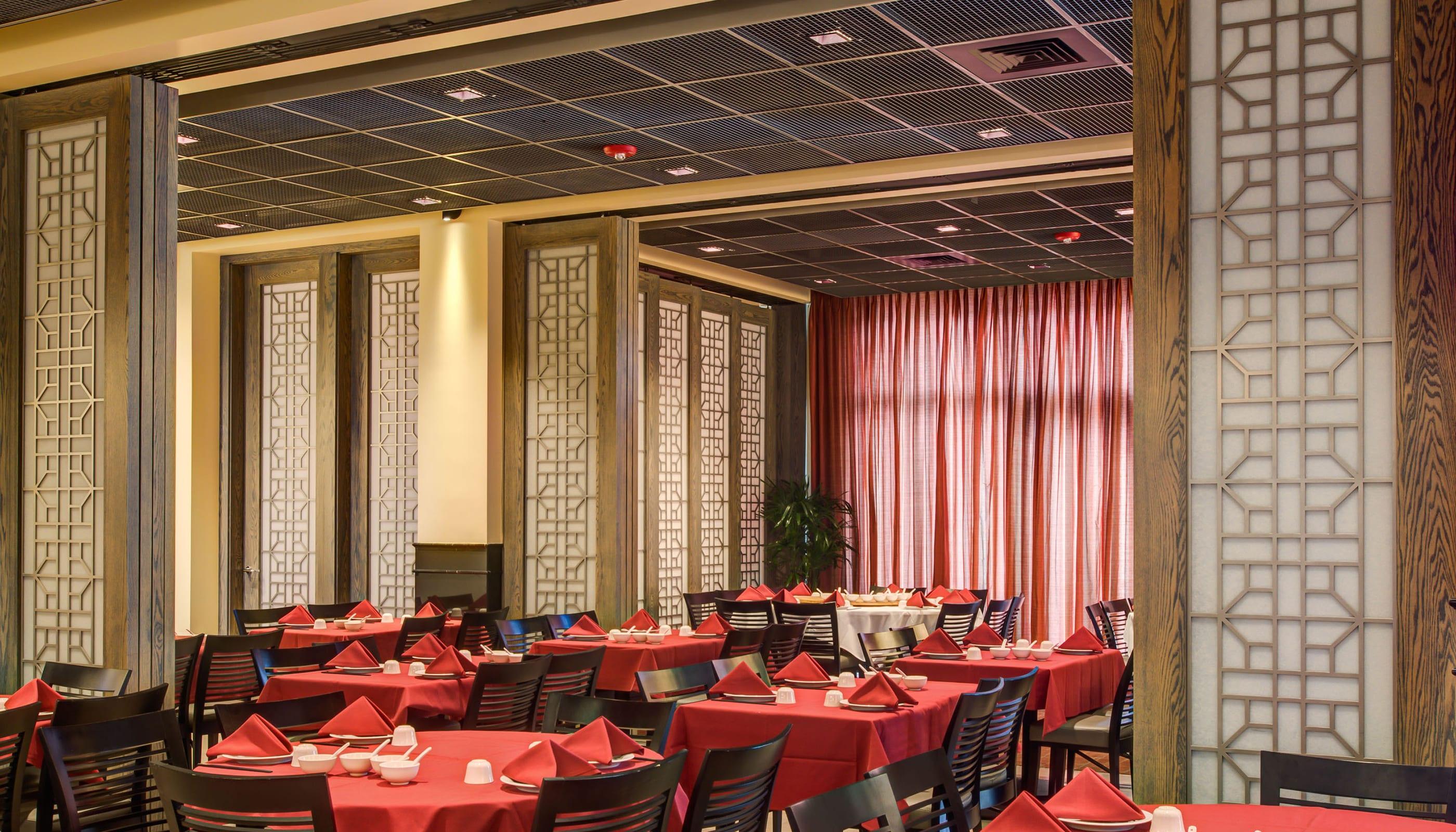 Mayflower Restaurant - Commercial Architecture